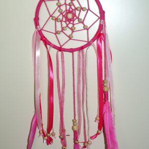 Een dromenvanger maken - roze bohemianstyle dromenvanger