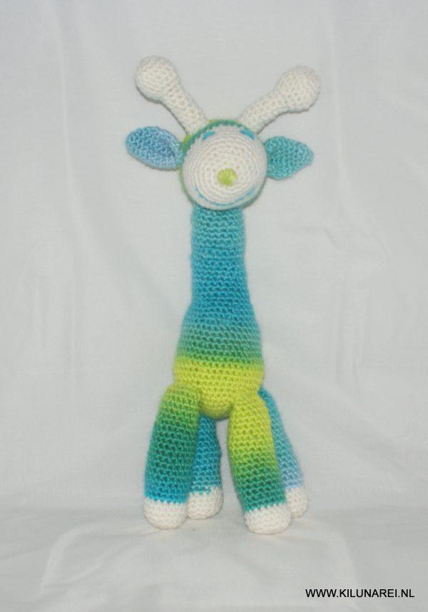 Gehaakte baby knuffel giraffe Daan