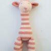 Gehaakte roze gestreepte giraf