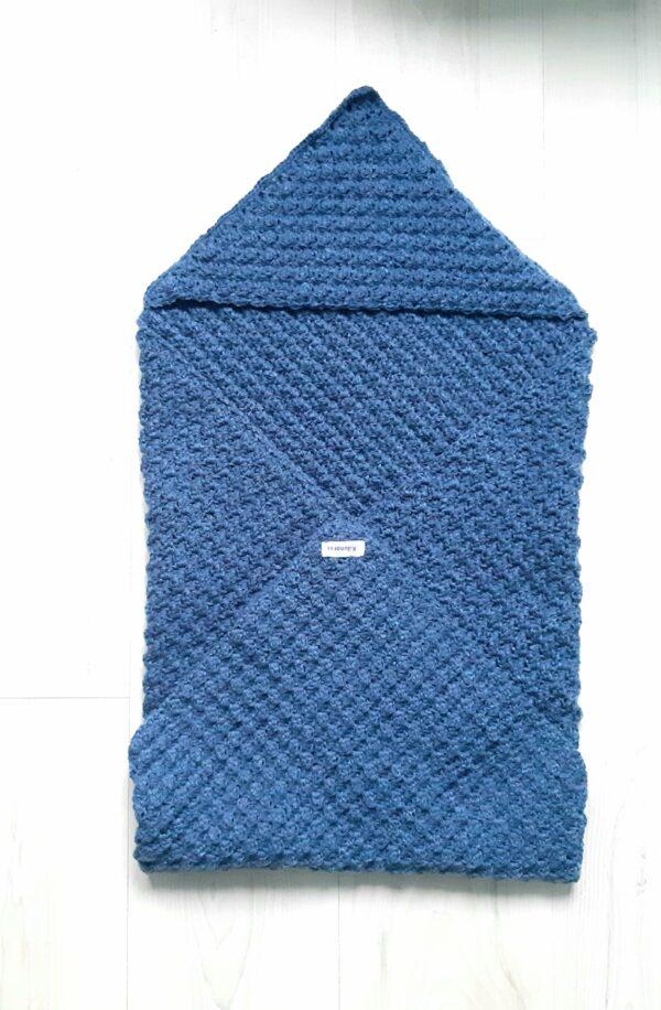 Staalblauwe baby-omslagdoek